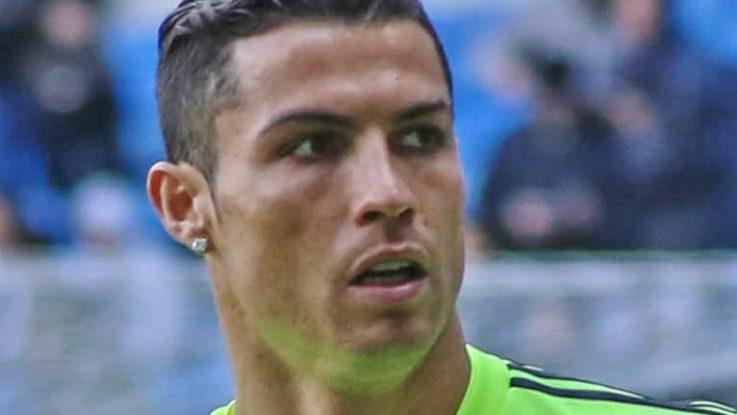 Ronaldo primo autografo bianconero